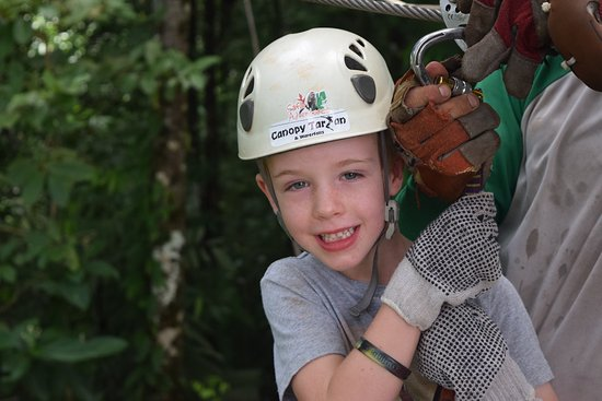 Arenas del Mar Beachfront and Rainforest Resort, Manuel Antonio, Costa Rica: ziplining