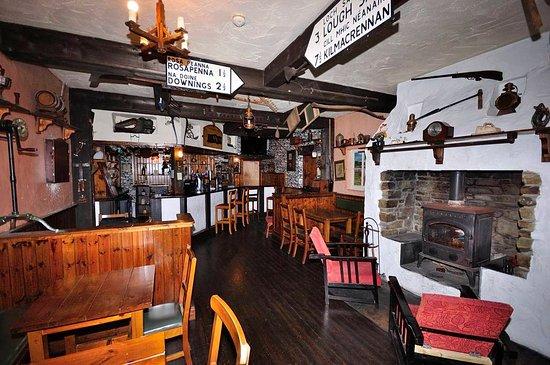 Milford, Irlandia: The Wee Bar