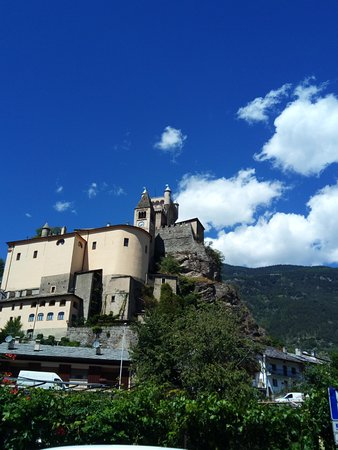 Saint Nicolas, Italia: saint pierre catello
