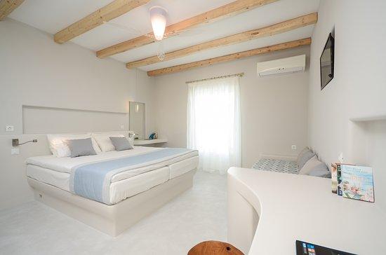 Photo of Antony Studios - Apartments & Spa Naxos