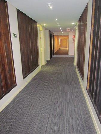 Foz Plaza Hotel: Corredor do quarto andar