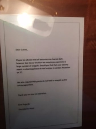 ذي أتلانتيك هوتل: Another 'not to do' sign
