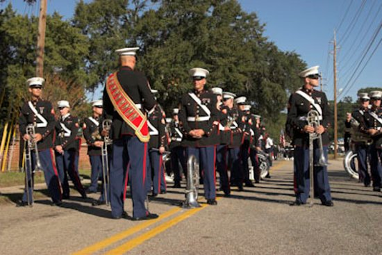 City Loft Hotel: Marine Corp at Parade