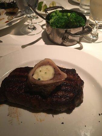 Delmonico Steakhouse: photo3.jpg