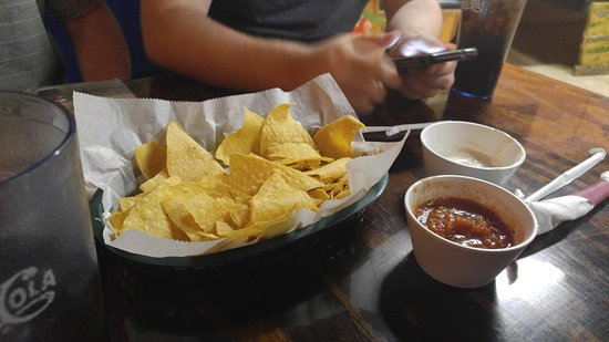 Mi Jalisco Family Mexican Restaurant : Complimentary Chips, Salsa and White Sauce