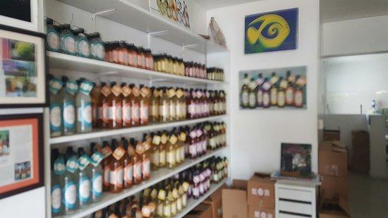 Nino's Liquors