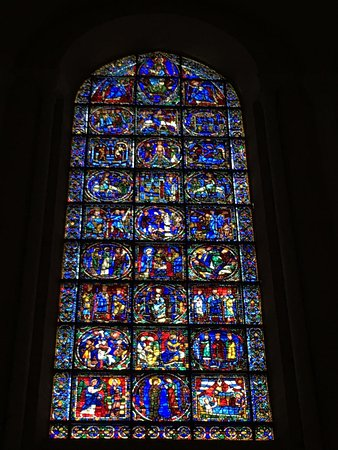 Chartres Cathedral: photo2.jpg