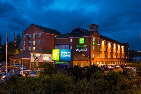 Holiday Inn Express Newcastle Metro Centre: Exterior