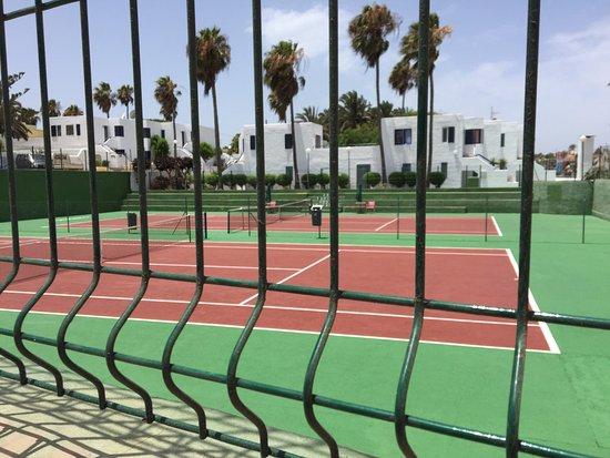 Corralejo Tennis Academy: photo0.jpg
