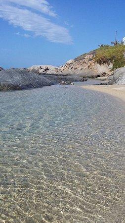 Agios Prokopios, Grecia: acqua cristallina