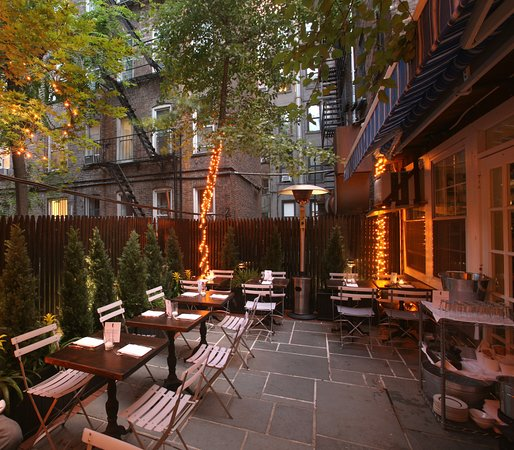 Photo of American Restaurant Mermaid Inn at 96 2nd Ave, New York, NY 10003, United States