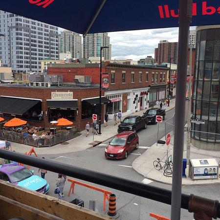 ออตตาวา, แคนาดา: view from our roof-top dining in the ByWard Market