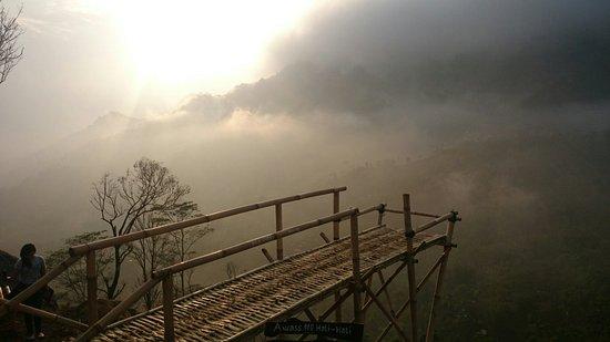 Sukmojoyo Hill