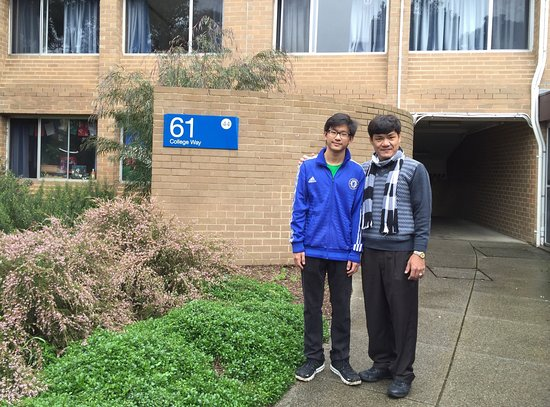 Caulfield, Australië: Proud to be with my son HengPor Meas on his first day at Monash😊