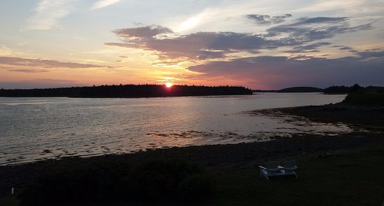Municipality of Argyle, Canadá: View of the fantastic sunsets you can see from the Argyler Lodge deck and grounds