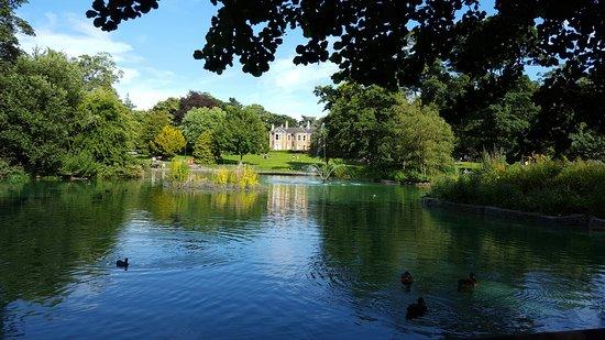 Arnot Hill Park