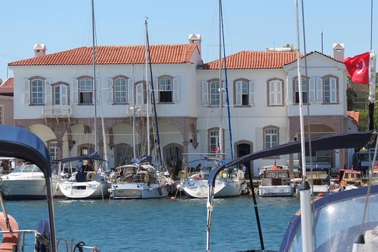 Urla pier hotel kar dan g r n m picture of urla pier for 8 design hotel urla
