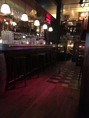 Belgisch Biercafe Boudewijn: Interior