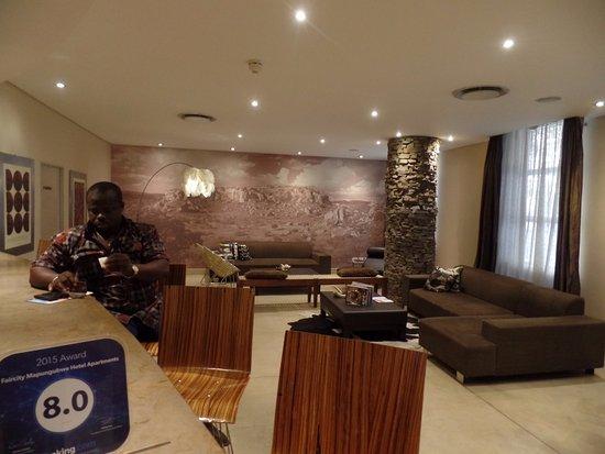Faircity Mapungubwe Hotel Apartments: Front Desk Reception