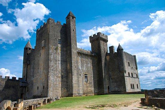 Chateau de Beynac: Château côté ouest