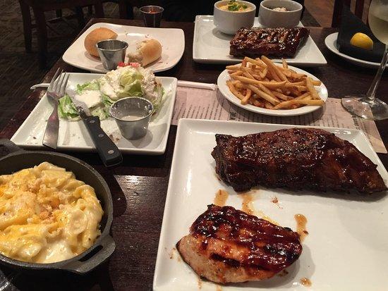 Texas Land Cattle Steak House North Ih 35 Austin