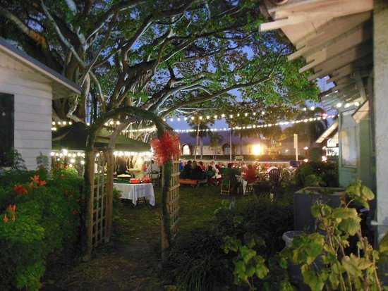 Delicieux The Butler House ~ Deerfield Beach Historical Society: Christmas Party By  The Banyan Tree