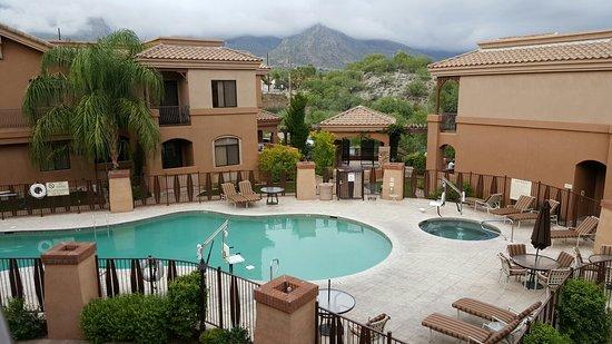 Embassy Suites by Hilton Tucson Paloma Village: 20160802_090858_large.jpg