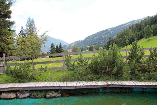 Kirchleitn Dorf Kleinwild: Schwimmteich mit Aussicht