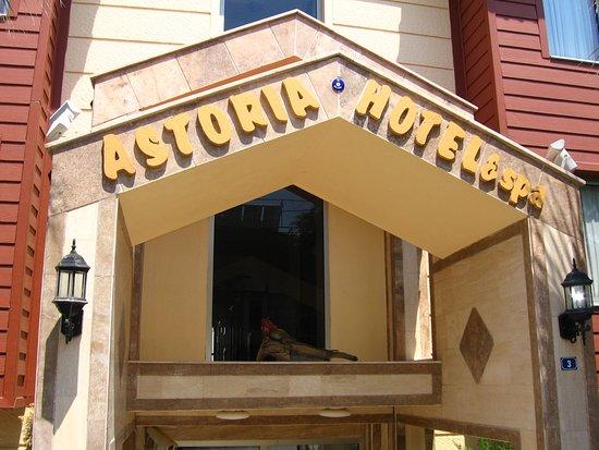 Astoria Hotel Photo
