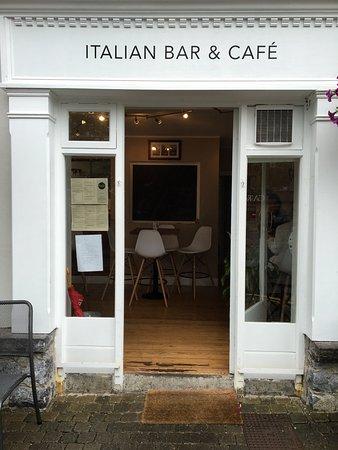 Ennis, Irlanda: Front Entrance