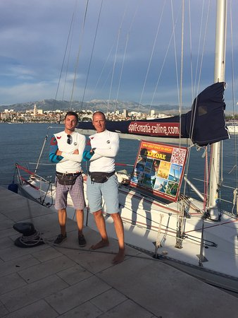 Dalmacia, Croacia: We loved our day sailing with Glorian and Damjan! Thanks Split-Croatia-Sailing