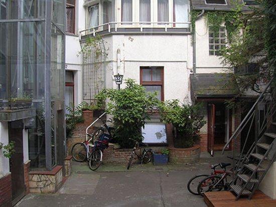 Hotel Pension Haubach Central: Il cortiletto centrale dell'hotel