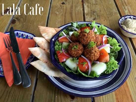 LALA Gallery and Garden Cafe : The Lala Falafel Salad served with hummus and chilled cucumber-cumin soup.  One of our most popu