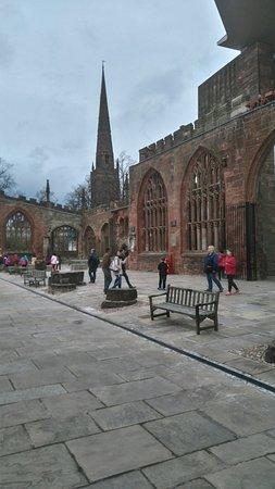 Coventry Cathedral: Phenomenol architecture......despite the blitz. Amazing piece of British history!