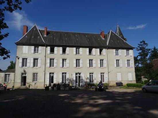 Nievre, France: Façade principale