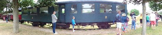 Pacy-sur-Eure, Франция: terminus et permutation de la locomotive