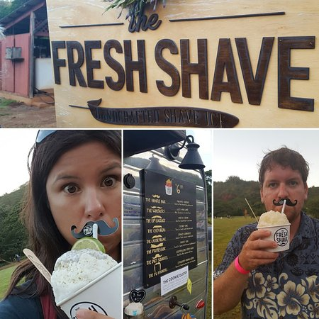 Lawai, Hawái: Fun shave ice place!