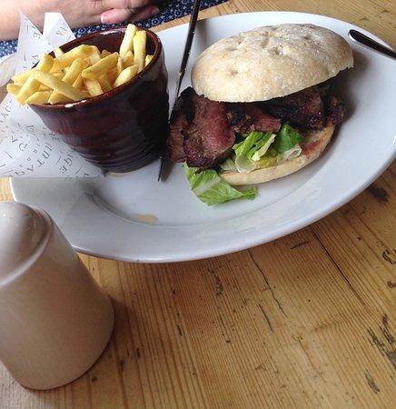Clyst Saint George, UK: Steak sandwich