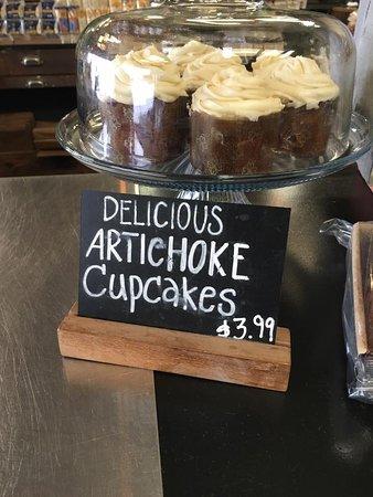 Castroville, Californie : Pezzini Farms Artichoke Cupcakes!