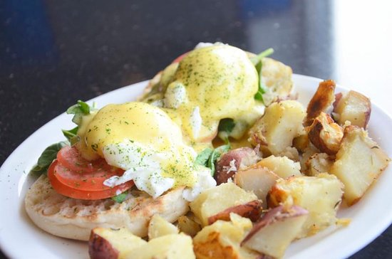 The Roundabout Diner & Lounge: Eggs Florentine