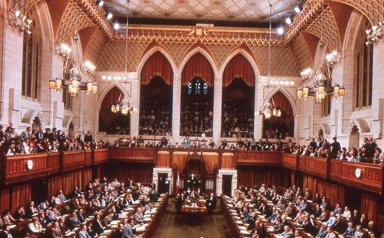 Ottawa, Kanada: Parliament in session