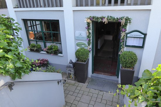 Sulz im Wienerwald, Áustria: Eingangsbereich