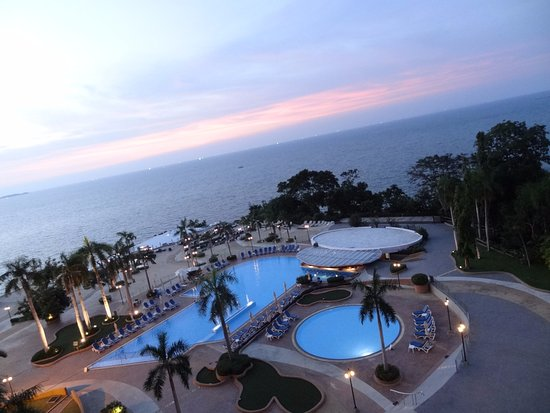 Royal Cliff Beach Hotel: Widok z pokoju.