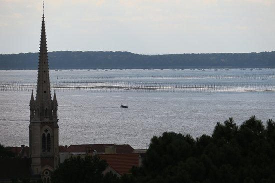 Cathedral Notre Dame In Arcachon Picture Of Winter Town Ville D