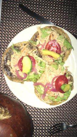 Kinich  El Sabor de Izamal: Muy recomendable estrella Michelin a este restaurante Yucateco!
