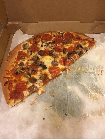 El Greco's Pizza: Good pizza