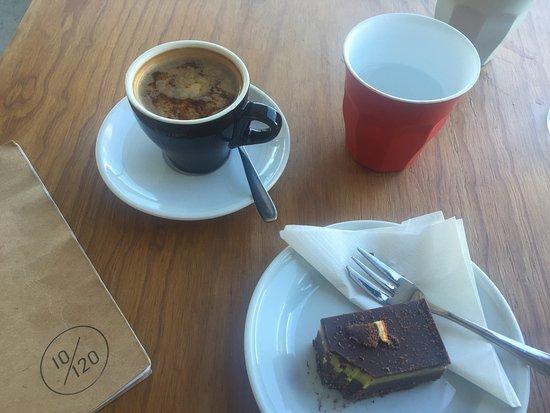 Ten One Twenty Cafe: photo0.jpg