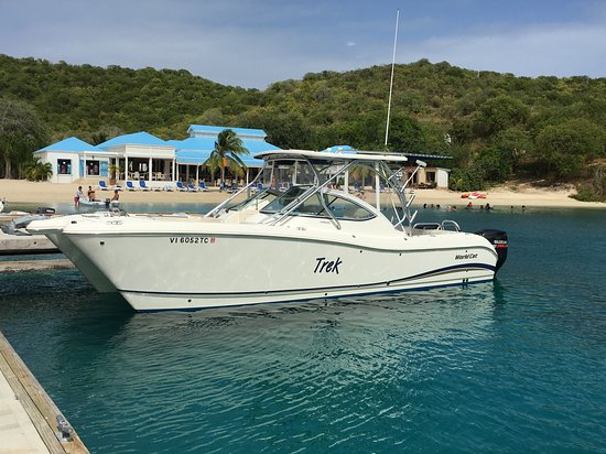 East End, St. Thomas : Trek at Pirate's Bight