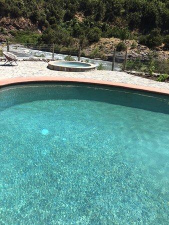 Maule Region, Chile: Pool & Jaccuzi