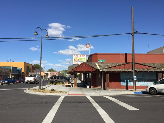 Soap Lake, WA: Del Red Pub Under New Ownership
